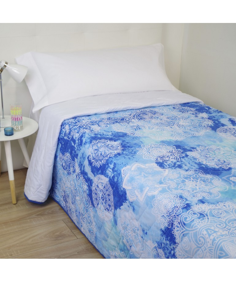edredon light goa bleu diezxdiez. Black Bedroom Furniture Sets. Home Design Ideas